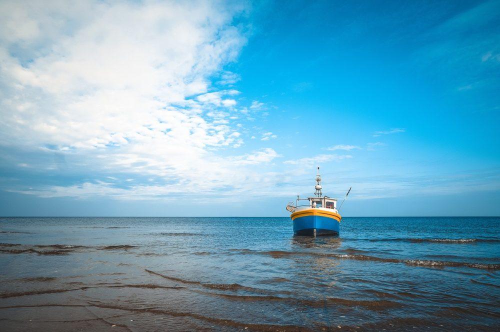 seashore-1783904_1280